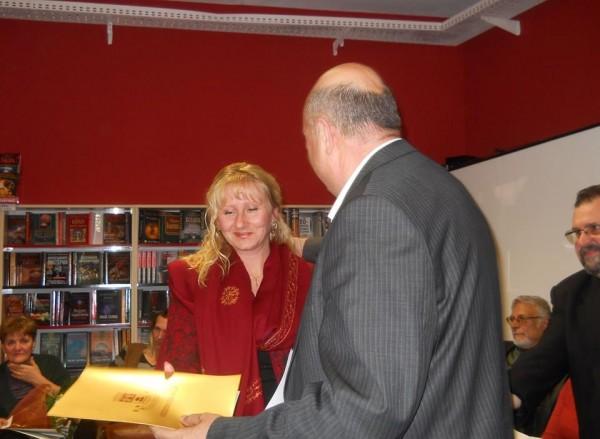 "Психолог, журналист и филолог обраха наградите в Третия национален конкурс за поезия ""Добромир Тонев"""