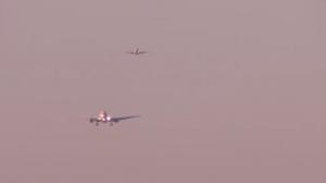 Кацащи самолети на летището в Барселона