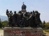 Паметник на Газпром - цялата група