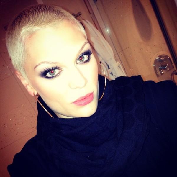 Jessie J посвети песен на хейтърите