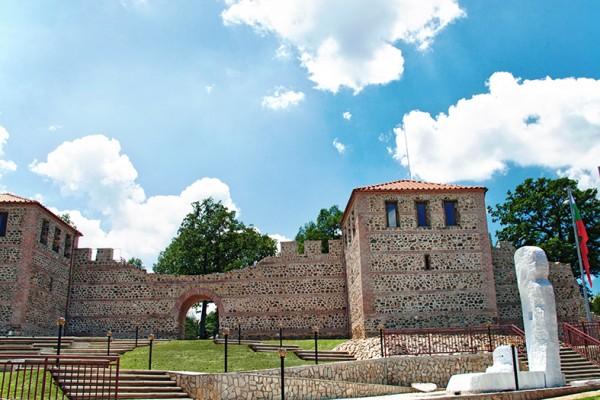 Откриха първата възстановена римска крепост у нас