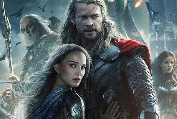 Натали Портман се появява в прегръдките на Тор в нов плакат от поредицата
